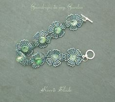 Gumdrops in My Garden by Kerrie Slade. Free PDF from Bead & Button here:  bnb.jewelrymaking...    #Seed #Bead #Tutorial
