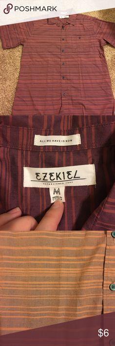 Men's shirt Maroon short sleeve shirt, worn once Ezekiel Shirts Casual Button Down Shirts