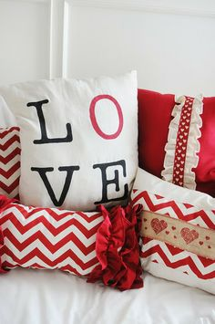 My 4 Misters & Their Sister: DIY Valentine's Day Pillows