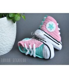 Crochet Baby Shoes - Booties -Baby Converse - Newborn Baby Shoes - Baby Boy -Baby Girl - Pink Mint - Knitted Baby Sneakers