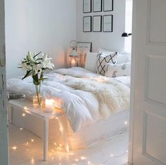 Room inspiration Beautiful Aesthetic Bedroom Design ideas For Your Home Part 42 ; Cute Bedroom Ideas, Cute Room Decor, Room Ideas Bedroom, Bedroom Decor, Bedroom Inspo, Design Bedroom, Bed Room, Garden Bedroom, Comfy Bedroom