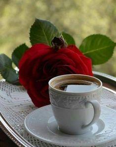 Rose and coffee cool pics in 2019 coffee cafe, coffee desser Coffee Cafe, Coffee Drinks, Coffee Mugs, Coffee Shop, Good Morning Coffee, Coffee Break, Spiced Coffee, Coffee Photography, Turkish Coffee