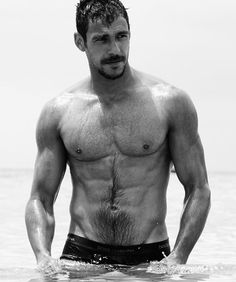 Hairy on Holiday : Photo Bear Men, Male Physique, Most Beautiful Man, Gorgeous Men, Hairy Men, Beard Styles, Male Beauty, Hot Boys, Handsome