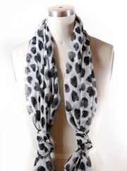 More on tying scarves. Must. break. out. of. rut.