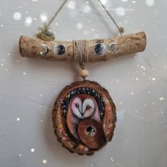 Found Object Jewelry, Wiccan Crafts, Animal Totems, Suncatchers, Decor Crafts, Handicraft, Wood Art, Driftwood Mobile, Creations