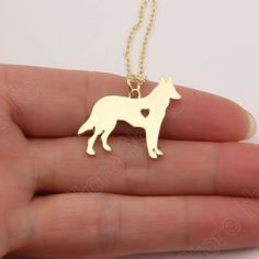 German Shepherd Necklace Pendants Delicate Women Animal. Fine or Fashion:FashionItem Type:NecklacesPendant Size:25mmStyle:TrendyNecklace Type:Chokers NecklacesGender:WomenMaterial:Zinc AlloyChain Type:Link ChainLength:18inch(45cm)Metals Type:Zinc AlloyShape\pattern:AnimalModel Number:1007Item Name:German Shepherd NecklaceColor:Silver, 14KGoldOEM:YesUnit Type:piecePackage Weight:0.050kg (0.11lb.)Package Size:10cm x 10cm x 10cm (3.94in x 3.94in x 3.94in)