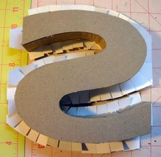 another tutorial on DIY cardboard letters