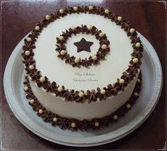 By Paty Shibuya - Bolos & Cakes - Happy Birthday Cake Cake Decorating Designs, Cake Decorating Videos, Cookie Decorating, Chocolate Cake Designs, Small Cake, Strawberry Recipes, Buttercream Cake, Cake Art, Amazing Cakes