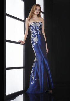 Jasz Couture 5116 Beautifully elegant strapless prom dress featuring an intricate flowing floral design. Great Gatsby Prom Dresses, 1920s Inspired Dresses, Pretty Prom Dresses, Bridal Dresses Online, Prom Dresses For Sale, Prom Dresses Blue, Ball Dresses, Homecoming Dresses, Strapless Dress Formal