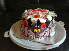 We bet Rachel's daughter's smile was bigger than the Cheshire Cat's when she saw her birthday cake! #disneycakes