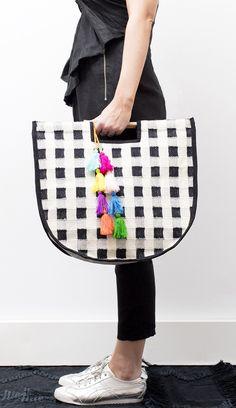 Gingham carry bag