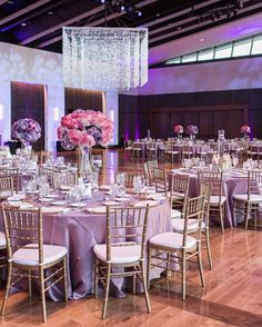 Ifeoma and Ruki had an all-star line-up of vendors for their wedding, including @keshevents and Nashville Based Wedding Planner and Designer, Paige Brown Designs, who created a gorgeous reception at the County Music Hall of Fame. photographer Elle Danielle, Florals Paige Brown Designs