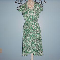 Eva Mendes Womens Green White Wrap Dress Career New York & Company Dress Size 10 #EvaMendes #WrapDress #Casual