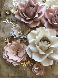 Paper Flower Background Set with 30 Objects - Paper Flower Backdrop Wedding Paper Flower Decor, Large Paper Flowers, Paper Flowers Wedding, Giant Paper Flowers, Flower Wall Decor, Diy Flowers, Flower Decorations, Small Flowers, How To Make Paper Flowers