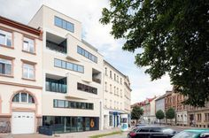 http://www.baunetz.de/architekten/Blaesse_Laser_Architekten_bla-_projekte_3529543.html?p=1681545