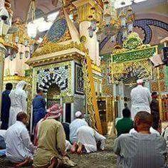 are offering prayer inside Masjid Al Nabawi, Offering Prayer, Medina Mosque, Mekka, Beautiful Mosques, Islamic Art Calligraphy, Islamic Architecture, Madina, Saudi Arabia