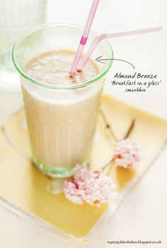 Healthy Eating! Almond and Banana Smoothie