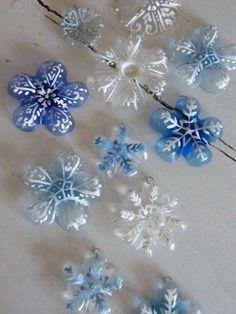 Botellas de plástico: Fotos de diseños reciclados - Adornos navideños con botellas de plástico