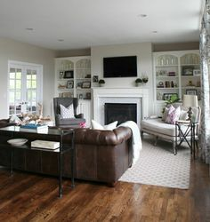Chesterfield wohnzimmer  LONDON LOFT #Couch #Sofa #leuchte #kissen #puff #hocker ...