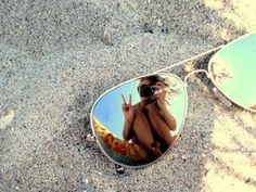 Cute vacation photo idea!! Doing this at the next beach trip! I love reflection in sunglasses photos. The're the best!!!!!!