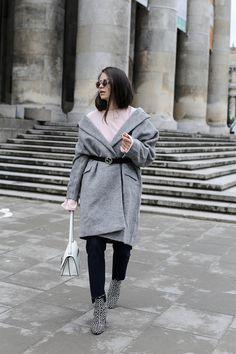 WHITELESS WOOL COAT – JD Fashionfreak