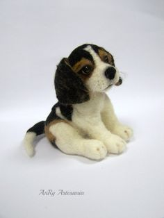 Needle felted pet portrait Beagle dog  Wool animal by ArteAnRy