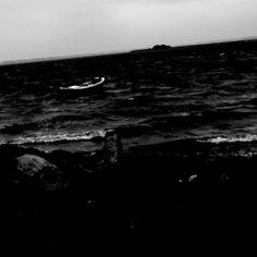 #blackandwhite #bnw #boat #blowinginthewind #aeroe #visitaeroe #aeroeliving