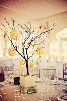 Cool centerpieces, maybe for a fall wedding. Temple Wedding, Fall Wedding, Diy Wedding, Wedding Events, Wedding Flowers, Dream Wedding, Wedding Ideas, Weddings, Branch Centerpieces