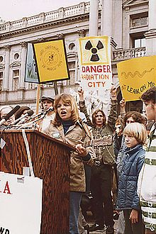 The Arms Race Protest Of 1982 Google Search Nuclear Power Nuclear Nuclear Power Plant