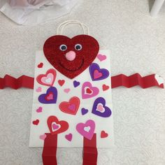 Cute valentine bag for all your kids valentines- art project
