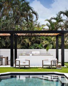 Backyard Pool Designs, Backyard Patio, Custom Home Builders, Custom Homes, Open Plan Kitchen Dining Living, Modern Pergola, Pool Houses, Modern Farmhouse, New Homes