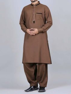 Pakistani Men Kurta Shalwar Kameez Designs 2019 in 2019 Men brown color kurti designs - Brown Things Pakistani Mens Kurta, Pakistani Kurta Designs, Shalwar Kameez Pakistani, Kurta Men, Mens Kurta Designs, Salwar Designs, Kurtha Designs, Pathani Kurta, Boys Kurta Design