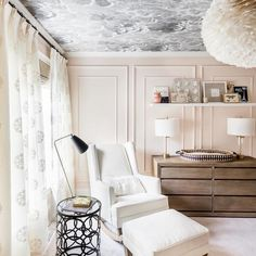 One of our 2019 Nursery Trends, board and batten adds texture, interest and a whole lot of class to the nursery. Check out these nurseries for inspiration! Nursery Room, Girl Nursery, Girl Room, Baby Room, Nursery Decor, Wallpaper Ceiling, Nursery Wallpaper, Glider And Ottoman, Nursery Inspiration
