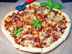 Pizza bolognese (ciasto bez wyrastania)