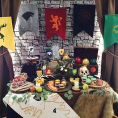 The breathtaking Pin On Got Regarding Game Of Thrones Party Decorations digital photography below, is segment of Game Of … 30th Birthday Themes, Birthday Games, Birthday Parties, Game Of Thrones Food, Game Of Thrones Theme, Viking Party, Medieval Party, Fiesta Games, Game Of Thrones Birthday