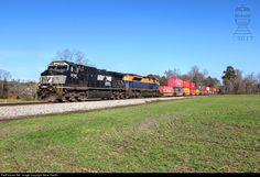 RailPictures.Net Photo: NS 9758 Norfolk Southern GE C40-9W (Dash 9-40CW) at Calhoun, Georgia by Steve Hardin