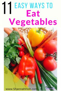 Are you trying to eat healthy, but it seems so hard to eat your veggies every day? Or maybe it isn't YOU that has a problem with vegetables it is your kids or husband. Check out these 11 Easy Ways to be Eating Your Vegetables every day! Paleo Diet Plan, Easy Diet Plan, Healthy Eating Habits, Healthy Life, Eat Healthy, Healthy Living, Eating Raw Vegetables, Veggies, Eating For Weightloss