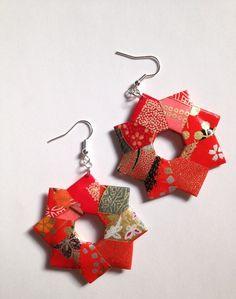 Orecchini di carta origami http://www.lovediy.it/orecchini-di-carta-origami/ Uno schema #origami facile e veloce per realizzare orecchini di carta!