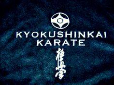 Прошу вас, люди, уважайте Спортсмена в белом кимоно Он каратист, боец, соперник, Но человек прежде всего. Он не обидит кто слабее, За справедливость постоит, Поддержит в трудную минуту, Конфликт по-честному решит. В бою, сражаясь, не сдается Его ничто не сокрушит. Он над невзгодами смеется, И от проблем он не бежит. Еще не может падать духом, Он должен бой не проиграть, Хотя, совсем и не обязан, В бою победу одержать. Он верит в то, что все едины, И выбрал правильный он путь, И в этом нет у…