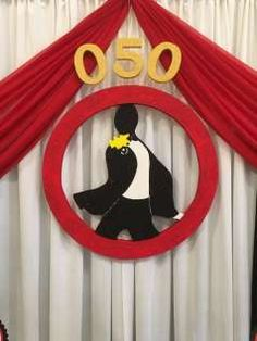 Your Husband or Father is no less than James Bond? Then why not throw him a James Bond Theme Birthday Party! Check out the images below to get some inspiration: Theme: James Bond Occasion: Birthday… Thème James Bond, James Bond Party, James Bond Theme, Casino Party Decorations, Backdrop Decorations, Casino Theme Parties, Party Backdrops, 50th Birthday Party, Boy Birthday