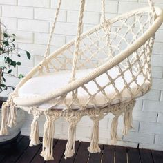 Crochet hanging chair handmade with 100% soft cotton in white color by artisans in south America using a double weave technique and have a beautiful crocheted edge. It is very comfortable and you can use both outdoors and indoors, you just need a foothold to hang it. Relax in this chair bohemian chair , hang it on the terrace or in your living room , take a good book ... and let the hours go by! MATERIAL: natural cottonCOLOR: white SIZE: 90x60 cm, 35x24 inchesCARE: dry clean or set the…