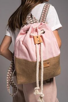 canvas backpacks laptop – My Unique Wardrobe Diy Backpack, Laptop Backpack, Leather Backpack, Mochila Hippie, Backpack Pattern, Stylish Backpacks, Diy Handbag, String Bag, Powder Pink