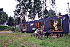 Casa Container Coyhaique. - Casas miniatura en renta en Coyhaique, XI Región, Chile Lofts, Villas, Chile, Tiny House, Container, Cabin, House Styles, Room, Renta