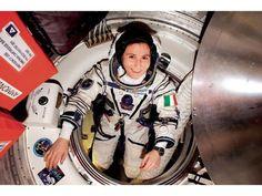 La Caja de Pandora: Nuevo récord femenino en órbita