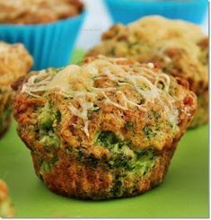 I expect everyone .: broccoli and cheese muffin Vegetarian Recepies, Good Food, Yummy Food, Work Meals, Cooking Recipes, Healthy Recipes, Snacks, Winter Food, Us Foods