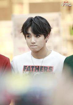 141125 BTS @ Myeongdong Fansign ❤ Jungkook