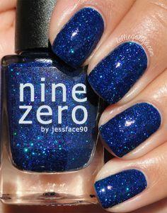 Nine Zero Lacquer A Peculiar Star // @kelliegonzoblog