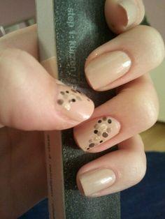 #nude #dots #Andrea Rot