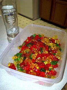 ~ Only 2 ingredients - vodka & gummy bears. Simply put gummies in a dish, cover with vodka & leave in fridge a week or so. The gummies get a nice swollen belly full of vodka. Party Drinks, Fun Drinks, Yummy Drinks, Beverages, Cocktails, Refreshing Drinks, I Love Food, Good Food, Yummy Food
