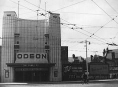 Vintage Portsmouth: The Odeon Cinema in Southsea Portsmouth City, Streamline Moderne, Grand Foyer, Art Deco Buildings, English Heritage, Close To Home, The Old Days, Old Pictures, In The Heights